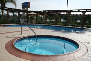 Comfort Inn Maingate Pool